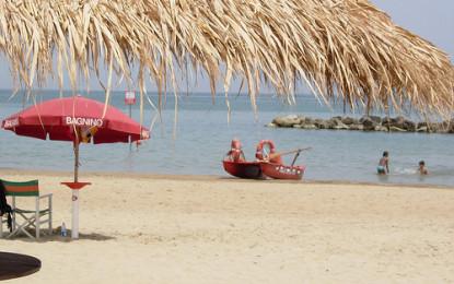 """Francavilla: i balneatori sul piede di guerra, """"L'amministrazione dorme sulla spiaggia"""""""