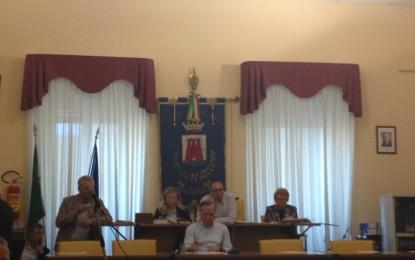 Consiglio comunale Ortona: il Sindaco tenuto sotto scacco dalla sua stessa maggioranza