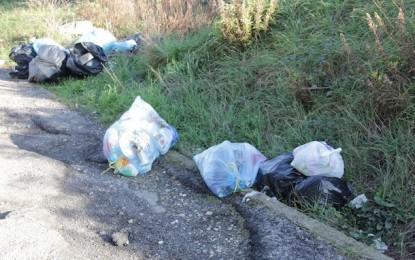 Francavilla: controlli congiunti vigili urbani e Cosvega contro l'abbandono di rifiuti
