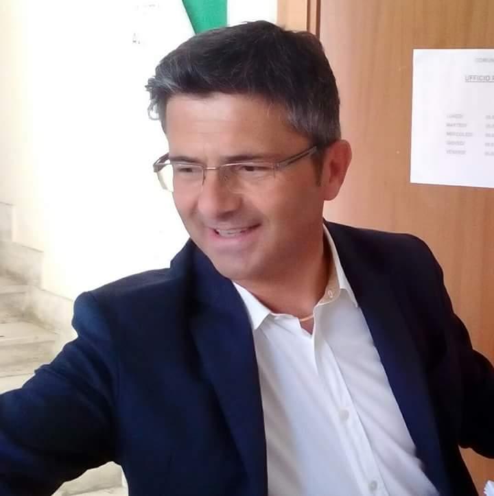 Castiglione a Roma per fermare la costruzione dell'impianto Gpl