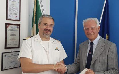 Medaglia d'oro al comandante Vito Cannavina