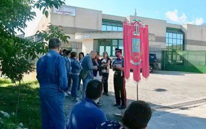 Sciopero a oltranza per i lavoratori della Lazzaroni