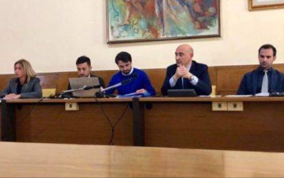 """Ortona, l'opposizione attacca la Giunta: """"gestione confusionaria"""""""