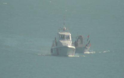 Ortona: la Capitaneria soccorre peschereccio che imbarca acqua