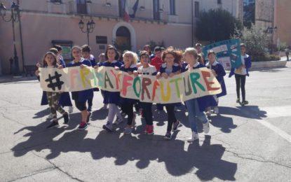 A Torrevecchia alunni in piazza per salvare il pianeta
