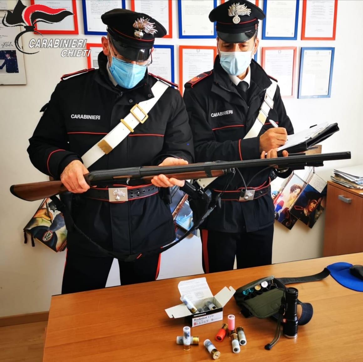 Miglianico, bracconiere inseguito e fermato dai carabinieri