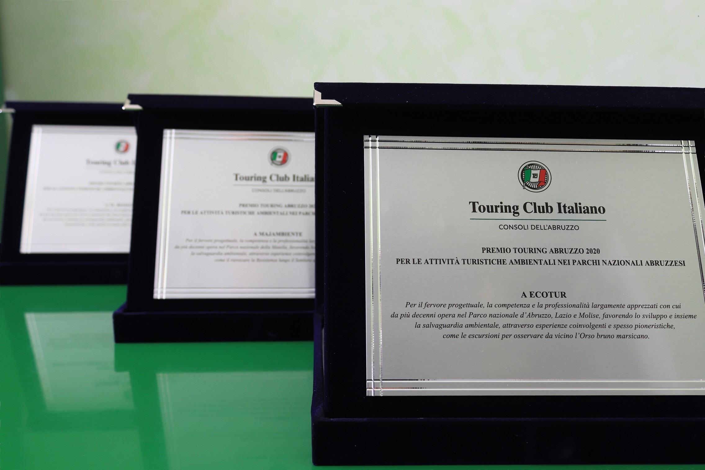 Nei tre Parchi nazionali i vincitori del Premio Touring Abruzzo 2020